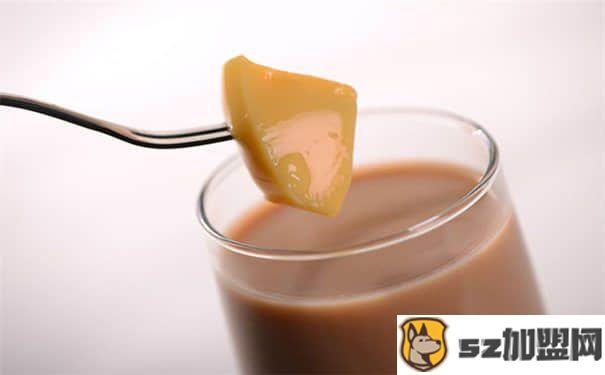 Coco奶茶配方之焦糖布丁奶茶的简单做法-第1张图片-好项目加盟网